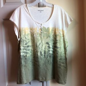 Woolrich leaf print tee with front buttons